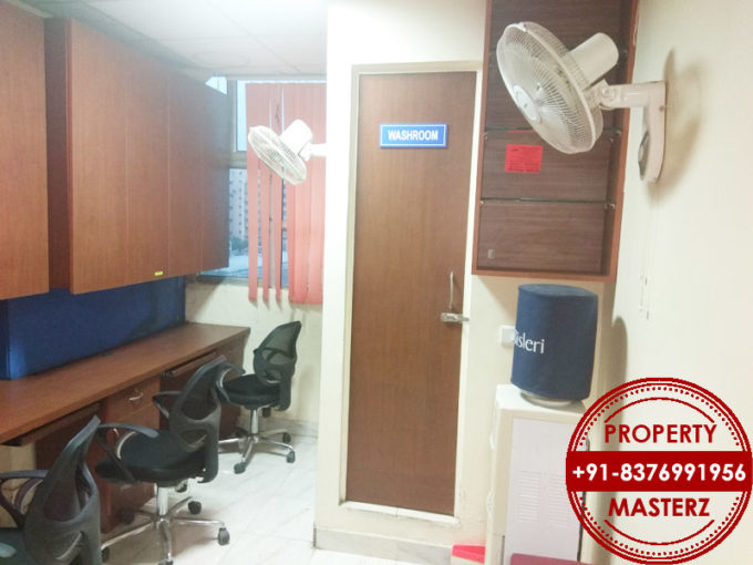 Commercial office space of available for rent in Furnished office space