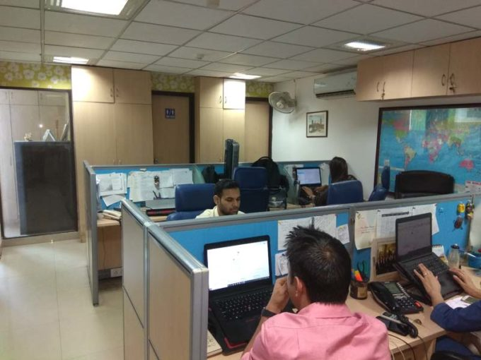 Furnished office property on rent in nehru palce 900 sqft