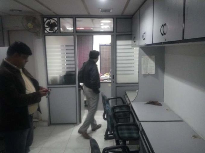 furnished small cheap rent office hemkunt chambers nehru place