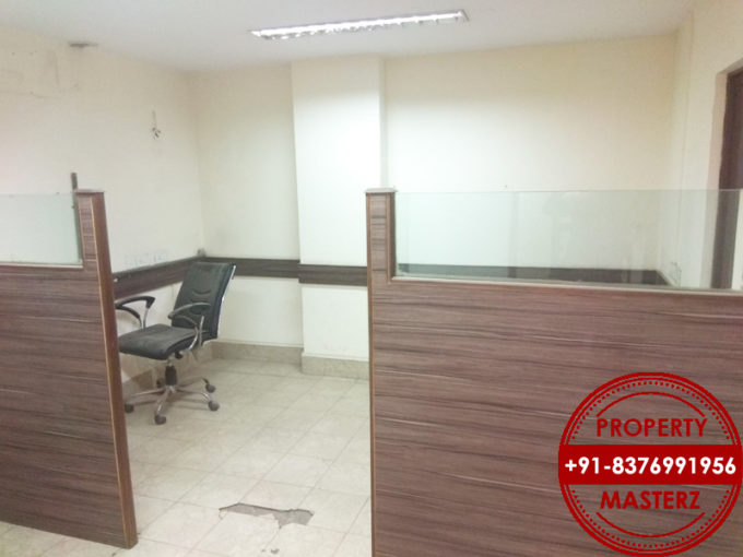 Commercial office space of 1300 sq In Nehru place delhi