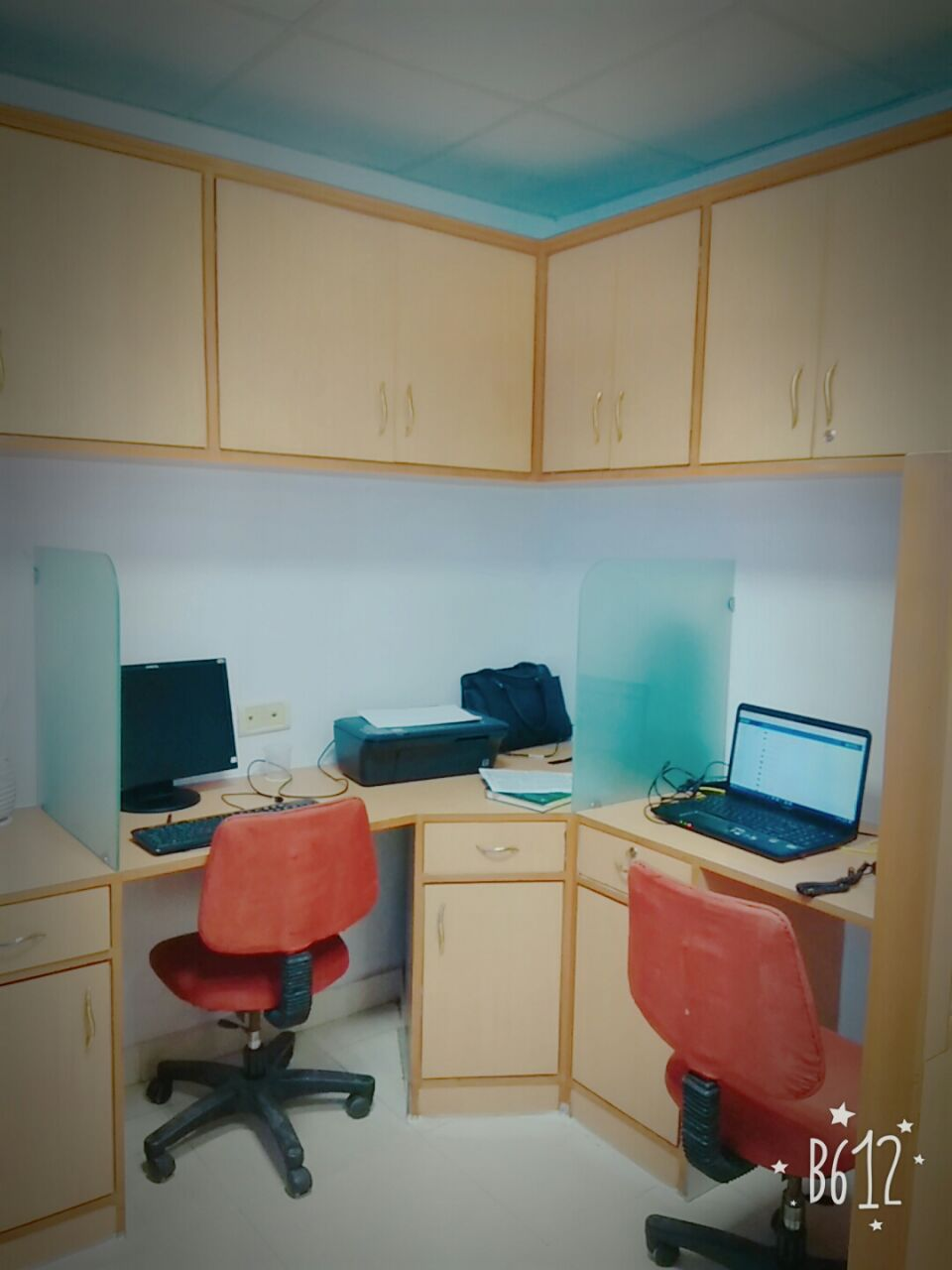 Chiranjeev tower  1 cabin 7 workstation on rent nehru place