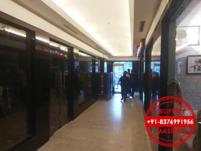 Shop showroom on rent inox cinema complex 2000 ft in nehru place