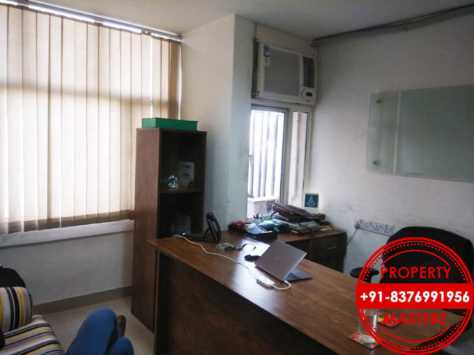 Commercial office space of 600 sq. Ft. available for rent in Nehru place, Delhi South